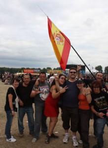 Entre el público se pudieron ver muchas banderas de España, Chile o Colombia
