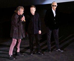 Durante la presentación del dvd en el escenario de Hammersmith Apollo.