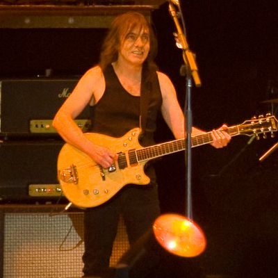 INT.-MALCOLM-YOUNG