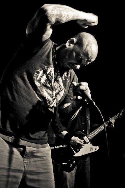 Phil-Anselmo-down