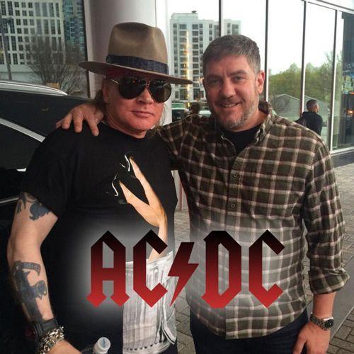Mirá el monopatín que Axl Rose lleva para su gira con AC/DC