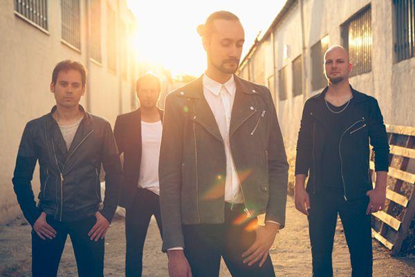 Formación de la banda sevilla Dardem afincada en Madrid en una foto promocional perteneciente a su álbum 'La Brecha' (2016)