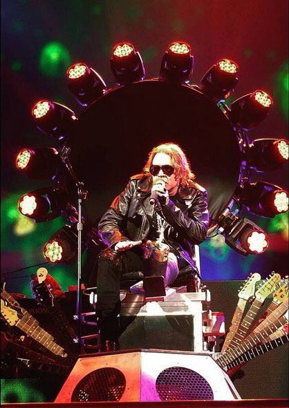 Axl Rose Guns N' Roses dedo roto Las Vegas 08/04/2016