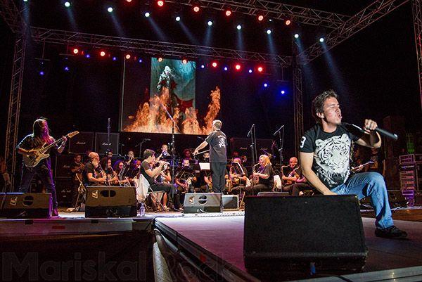 La banda de la Escuela Municipal de Música de Collado Villalba y los músicos invitados de excepción | Foto: Andrés Abella