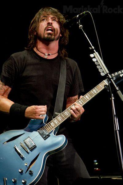 Foo Fighters - Dave Grohl Madrid palacio de los deportes madrid 2011