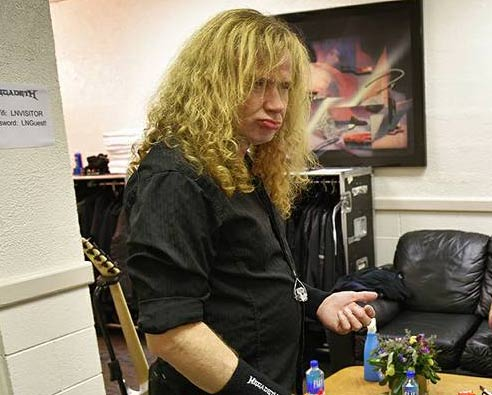 dave-mustaine-en-backstage
