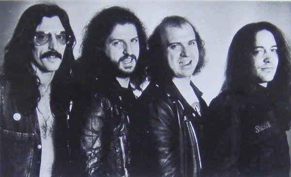 Barón-Rojo-formación-1982-promocional - copia