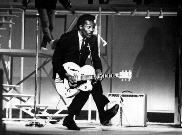 Muere Chuck Berry, inventor del duckwalk