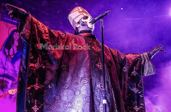 Ghost-Papa-Emeritus-Madrid