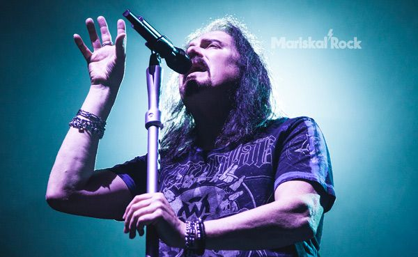 James-LaBrie-Dream-Theater-Barcelona