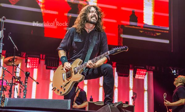 Foo-Fighters-Mad-Cool-2017-Dave-Grohl