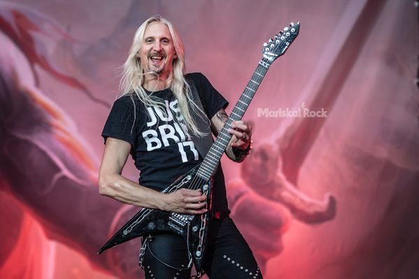 Hammerfall-leyendas-del-rock-2017
