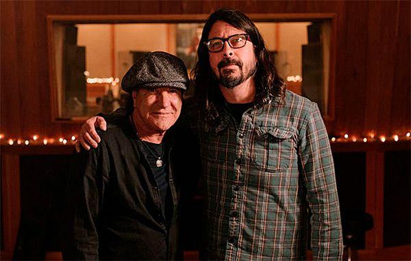 Brian Johnson (AC/DC) y Dave Grohl (Foo Fighters), juntos   MariskalRock.com